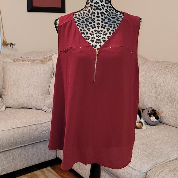 Tempted 2X maroon sleeves